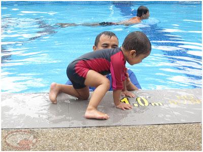 Cara Nak Bagi Anak Cepat Berenang