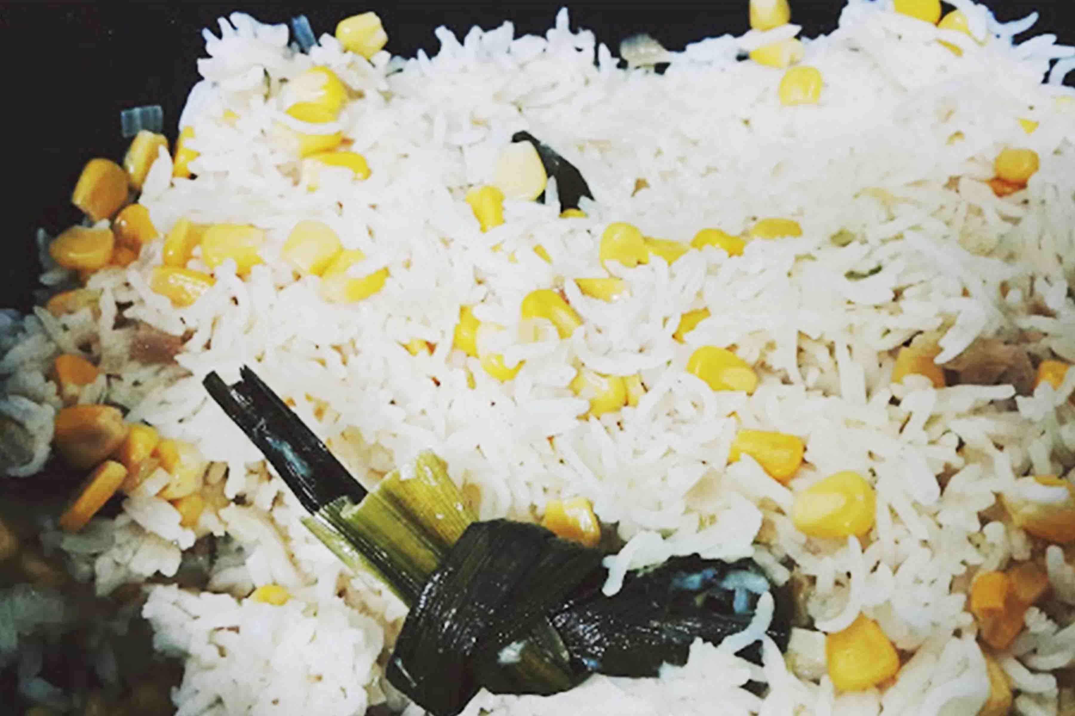Nasi Briyani Jagung vs Ayam Masak Merah