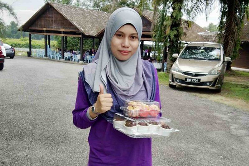 Pelbagai Jenis Brownies, Kek Coklat, Muffin, Puding Cermin Murah Sedap Putrajaya