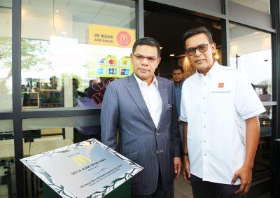 Menteri Perdagangan Dalam Negeri dan Hal Ehwal Pengguna Lawat Restoran hijau McDonald's , Saksikan Pelaksanaan Inisiatif Kelestarian