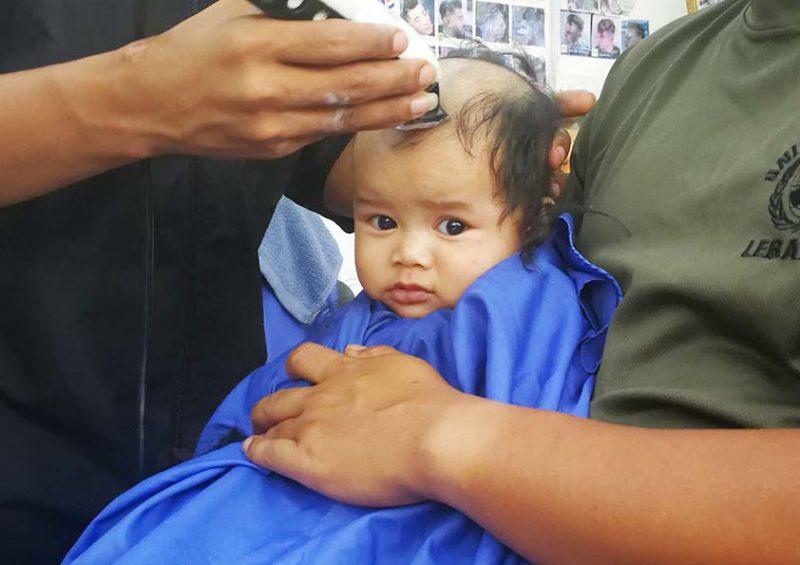Pertama Kali Potong Rambut Di Kedai